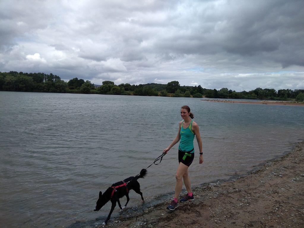 Kirsten mit Hund