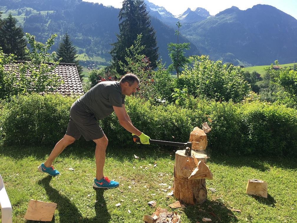Holz hackender Rainer
